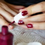 Guide d'achat astuce sechage rapide vernis ongle