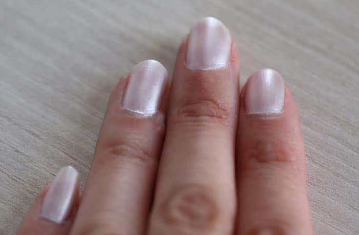 test vernis a ongles nacre