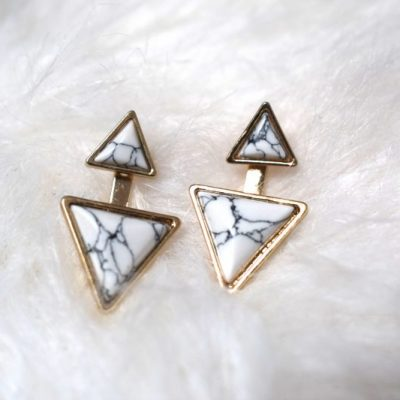 test boucle oreille triangle